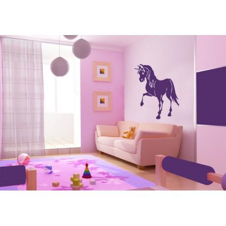 Vinilo infantil de un unicornio en movimiento for Recamaras de unicornio para ninas