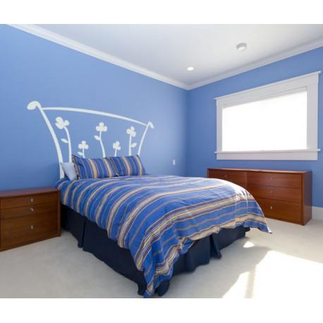 Vinilo de un original cabecero de cama con cinco flores for Vinilos cabecero cama