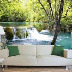 Río en la naturaleza